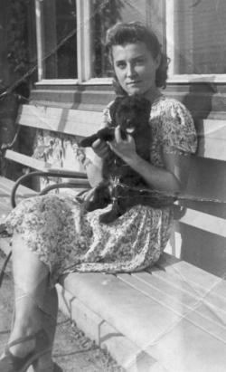 Édesanyja (1937)