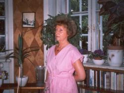 Édesanyja (2001)