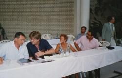 Görömbei Andrással, Vathy Zsuzsával és Márkus Bélával a tokaji írótáborban (1998)