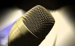02. Hangmesterünk pedig ezen keresztül kommunikál a beszélgetőkkel