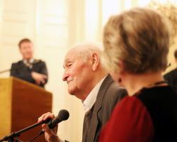 Kányádi Sándor köszöntése 88. születésnapjának alkalmából a Petőfi Irodalmi Múzeumban (2017)
