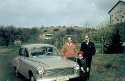 Lakatos István, Till Ágnes és Németh László az 1960-as évek közepén Sajkodon