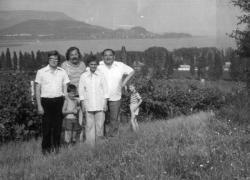 Lázár Ervinnel, Vathy Zsuzsával és Galsai Pongráccal Balatonedericsen (1980)