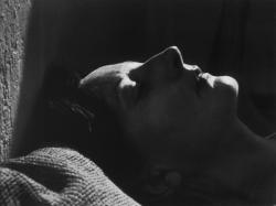 Magda az Andor utcai lakás erkélyén (1975)
