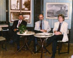 Markó Bélával a Győri Városi Könyvtárban, házigazda Kucska Ferenc könyvtárigazgató (1994)