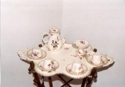 A Grosschmid-család teáskészlete