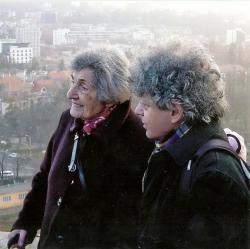 Édesanyjával Kolozsváron
