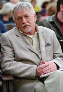 Oravecz Imre 75. születésnapjának köszöntésén a Petőfi Irodalmi Múzeumban (2018)