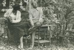 Örkény István Radnóti Zsuzsával (Fotó: Nádas Péter, 1976)