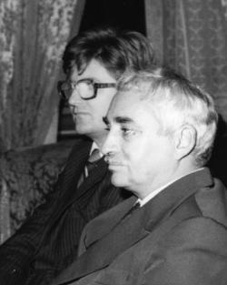 Sánta Ferenccel, Arany János halálának 100. évfordulóján Bukarestben (1982)