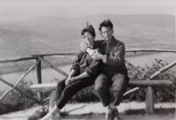 Visegrádon, 1964-ben Vasadi Péter Edittel