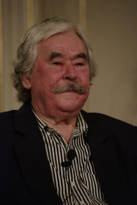 Csukás István (DIA) 7852f5bb8c