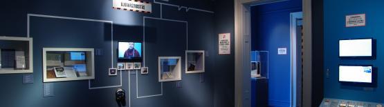 Finisszázs a Műfordítógép kiállításban